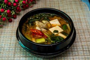 Miso suppe er en populær probiotisk ret i Japan
